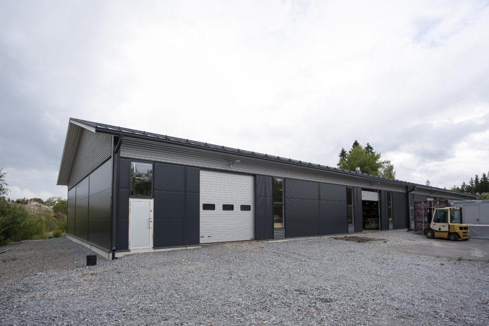 Teollisuushalli Aalto Petri Oy